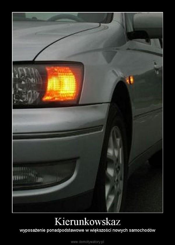 Kierunkowskaz – wyposażenie ponadpodstawowe w większości nowych samochodów