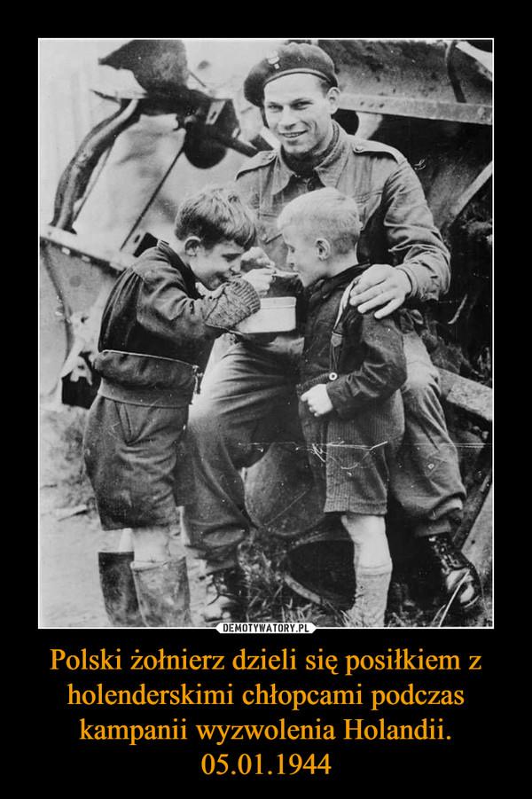 Polski żołnierz dzieli się posiłkiem z holenderskimi chłopcami podczas kampanii wyzwolenia Holandii. 05.01.1944 –
