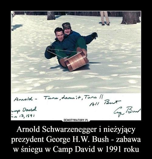 Arnold Schwarzenegger i nieżyjący prezydent George H.W. Bush - zabawa w śniegu w Camp David w 1991 roku