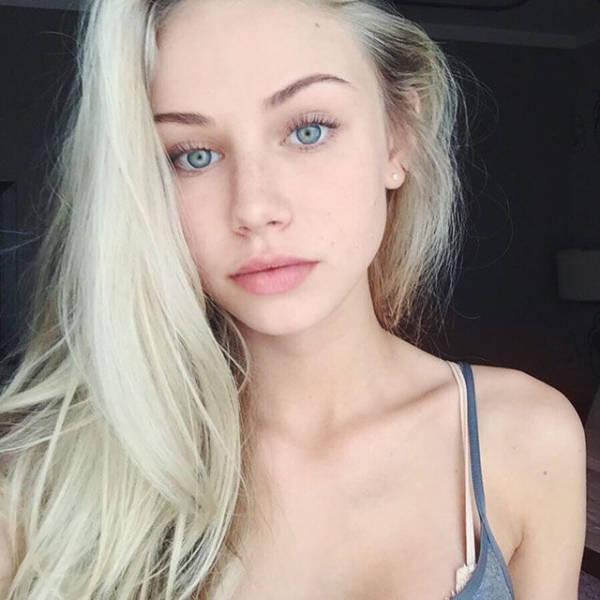 randki 24-letniej dziewicy Mark Pro Gloss Hook Up Plush Błyszczyk w swank